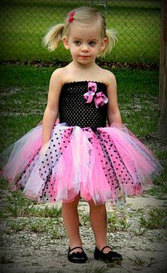 Princess dresses for girl Disney dress up or Halloween by EllenPaigePrincesses Girl 2nd Birthday, Minnie Birthday, Birthday Ideas, Tutu Dresses, Girls Dresses, Flower Girl Dresses, Disney Dress Up, Girls Black Dress, Diy Tutu