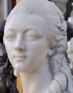 Madame Du Barry en Mármol de Carrara