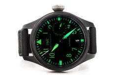 IWC Big Pilot Top Gun IW5019-03 green dial - For Sale - Govberg via Perpetuelle