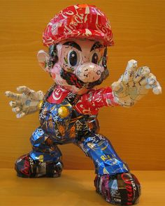 What to do with your old cans when you're done drinking them - (Sculptures by Makoan) Japan