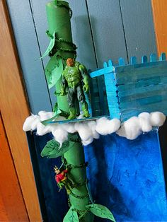Fee Fi Fo Fum {love saying that..lol} Create your own Jack and the Beanstalk scene.
