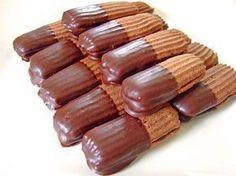 Schokoladenzungen, ein tolles Rezept aus der Kategorie Weihnachten. Bewertungen: 3. Durchschnitt: Ø 3,8.
