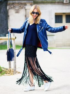 The Perfect Color Combination for Girls Who Always Wear Black. #shopping #blackdress #styletips