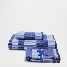 Image of the product STRIPED JACQUARD COTTON TOWEL