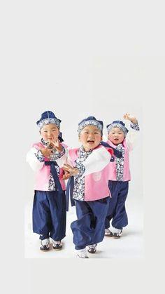 Triplets # Daehan Minguk Manse# Triplets, Cute, Fashion, Moda, Fashion Styles, Kawaii, Fashion Illustrations