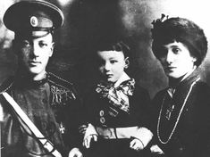 Anna Akhmatova with her husband Nikolay Gumilev and son, Lev Gumilev, 1913 Anna Akhmatova (June 23 [O.S. June 11] 1889 — March 5, 1966) was the pen name of Anna Andreevna Gorenko, a Russian poet credited with a large influence on Russian poetry. Akhmatova's work ranges from short lyric poems to universalized, ingeniously structured cycles, such as Requiem(1935-40), her tragic masterpiece about the Stalinist terror.