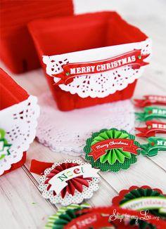 Panier orné d'un napperon en papier plié en deux et d'une étiquette en 3D - explications - (pour Toutes fêtes dont Noël + scrap Boites)