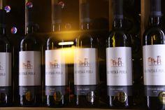 Predstavenie ročníka 2016 vo vinárstve KARPATSKÁ PERLA   Pekné vína a bodka ...    #karpatskaperla #senkvice #vino #wine #wein #vinarstvo #vinohradnictvo #malekarpaty #winelovers #vinomilci #wineofslovakia #winefromslovakia #milujemslovenskevino #tasting #ochutnaj #degustacia #ochutnavka