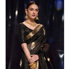 Aditi Rao Hydari's Black Saree Style is Beyond Stunning! Aditi Rao Hydari's Black Saree Style is Beyond Stunning! Black Blouse Designs, Saree Blouse Designs, Indian Attire, Indian Outfits, Indian Wear, Indian Style, Ethnic Outfits, Indian Clothes, Indian Dresses