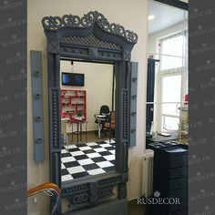 ЗЕРКАЛО НАПОЛЬНОЕ «РОГНЕДА» Зеркало в интерьере заказчика. Цена 26 000 р.