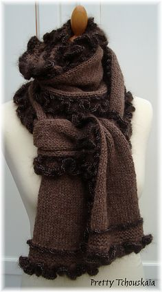 Knit-Echarpe Marie-Castor - Mary-Beaver scarf about $5.61