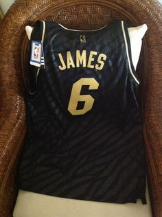 96c943691 ... Lebron James Miami Heat 6 Adidas limited edition NBA Jersey Size L Men  in Sports ...