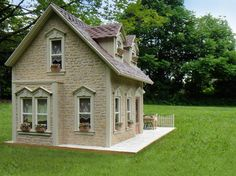 Pat's miniatures - side view of Stone Cottage Scroll down frame to visit interiors - LOVELY