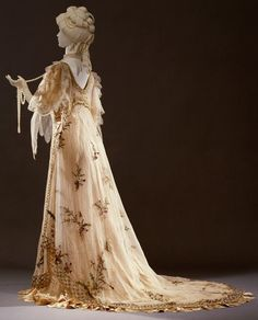 ~Rosa Genoni evening dress, 1906~