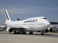 Transfer de recogida en aeropuerto Grupo @RealCasRenta. Solicite nuestros servicios si para recogerlo a su llegada a la Isla.