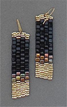 Glass 4x4 beads square, Glass seed beads; Peyote