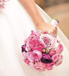 Brautstrauß mit Freilandrosen