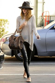 Leather pants, neutral slouchy shirt and nude shoes.