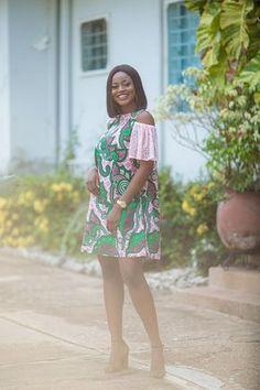 Ankara cold-shoulder impression africaine robe avec dentelle
