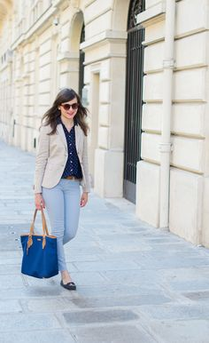 Mode and the city; Parisian style