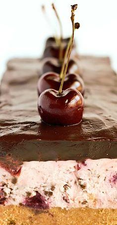 Chocolate Chip Cherry Cheesecake