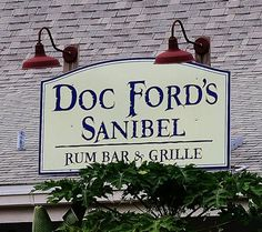 MustDo.com | Must Do Visitor Guides top 10 dining - Doc Ford's Sanibel Island, Florida