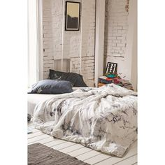 Assembly Home Marble Duvet Cover (€140) ❤ liked on Polyvore featuring home, bed & bath, bedding, duvet covers, patterned bedding, king size bedding, marble bedding, king bedding and x long twin bedding