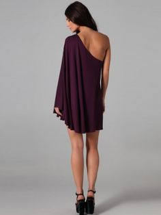 I love dresses like this, would love my bridesmaids to love them too.
