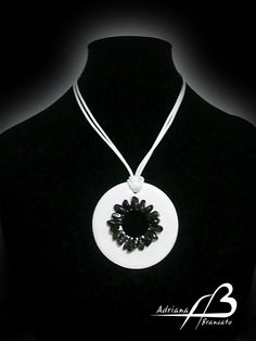 Colgante Negro Sol, white (Necklace)