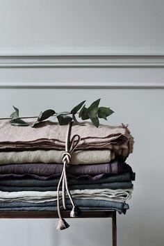 Linen // Only Deco Love: Broste Copenhagen Catalogue Wabi Sabi, Linen Fabric, Linen Bedding, Bed Linen, Bedding Sets, Textiles, Deco Boheme Chic, Danish Interior Design, Danish Design