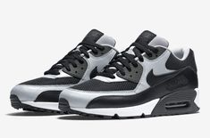 7f4bd1eff1 A New Nike Air Max 90 For Raiders Fans Just Dropped The Oakland Raiders just  picked