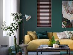 Woonstijl: interieur impressie woonkamer met okergele bank en groene muur. Living Room Designs, Living Spaces, Yellow Couch, Interior Styling, Interior Design, Living Room Green, Love Home, Decorating Small Spaces, Colorful Decor