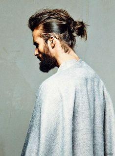 Chignon bun homme - 30 beaux gosses à chignon repérés sur Pinterest - Elle