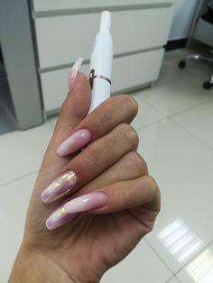 Babyboom nails, pigment nails