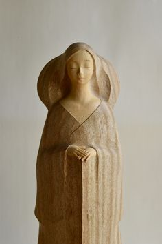 Japan Art, Wood Carving, Kos, Sculpture Art, Buddha, Wedding Flowers, Seasons, Statue, Virgos