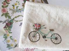 수업시간틈틈히 마켓 준비하고 있어요~^^#프랑스자수 #마로작업실 Embroidery Flowers Pattern, Simple Embroidery, Hand Embroidery Stitches, Silk Ribbon Embroidery, Hand Embroidery Designs, Embroidery Techniques, Cross Stitch Embroidery, Fabric Painting, Needlework