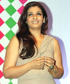 Bollywood actress Raveena Tandon has become the latest celebrity to join Prime Minister Narendra Modi's - 'Swachh Bharat' campaign and she has urged everyone to be a part of the cleanliness drive Bollywood Actress Hot Photos, Indian Actress Photos, Beautiful Bollywood Actress, Beautiful Indian Actress, Bollywood Celebrities, Bollywood Fashion, Actress Anushka, Hindi Actress, Raveena Tandon Hot