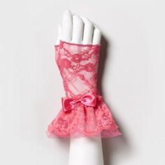 Pink Lace Fingerless Gloves    Pin from PDP
