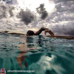 from Alberto Lorente @elhombredelasaguas . . . .  no pares cuando estés cansado sólo cuando hayas terminado . Sigo sumando metros en busca de un gran reto... #3athlonlife #triathlon_in_the_world #tri_community #instaswim #triatlon #triatleta #swimbikerun #ironmantraining #ironmantri #trainingdays #swim_suit #triswimpics #aquamantri #finisswim #teamfinis #newwaveswimbuoy #igswim #justkeepswimming #nadadoresdeaguafria #longdistanceswimming #marabierto #swimmers #openwater #lifeswim #swimlove…