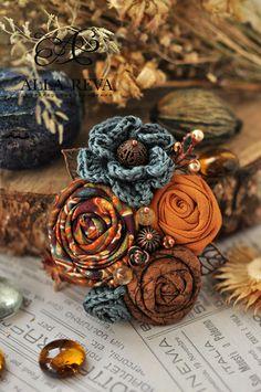 """Купить Брошь """"Сентябрь"""" - комбинированный, брошь, осенняя тема, брошь из ткани, брошь цветок, ткань"""