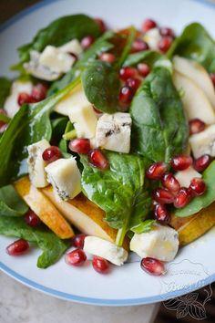 Sałatka ze szpinakiem, gorgonzolą i granatem - sprawdź przepis na blogu! Salad Recipes, Healthy Recipes, Up Halloween, Caprese Salad, Salads, Cooking, Impreza, Foods, Side Dishes