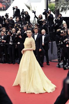 Fan Bingbing in a fairy like light yellow @ElieSaabWorld  Couture gown #Cannes2013 #bestdressed