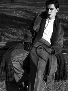 "l-homme-que-je-suis: ""Otto Lotz in ""In This Light"" Photographed by Zeb Daemen and Styled by Alex van der Steen for Essential Homme Magazine December 2015 "" Lucky Smith, Mckenna Hellam, Louis Garrel, Beard Styles For Men, Chula, Cold Weather Fashion, Male Models, Mens Fashion, High Fashion"