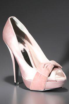 Pink High Heels. No flats, no kitten heels here
