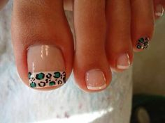 9 Fashionable French Pedicure Designs ~ Beauty and Hairstyles - - French Pedicure, Pedicure Nail Art, Pedicure Designs, French Tip Nails, Toe Nail Designs, Toe Nail Art, Pretty Toe Nails, Cute Toe Nails, Bling Nails