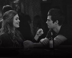 Read Stiles and Lydia- Minnesota from the story Beacon Hills: 10 Years Later by with reads. Stiles and Lydia, newlyw. Teen Wolf Stiles, Teen Wolf Cast, Stydia Teen Wolf, Stiles E Lydia, Teen Wolf Dylan, Scott Mccall, Dylan O'brien, Styles And Lydia, Mtv