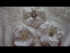 WHITE WEDDING FLOWER TUTORIAL - YouTube