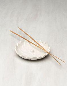 LOTUS rökelsehållare vit