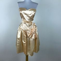 60e23fad73e Vintage Prom Dress Peach Sateen Bow Accent Sleeveless Strapless Ruched S M