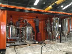 Empresa cria microcervejaria adaptada a contêiner | Revista da Cerveja